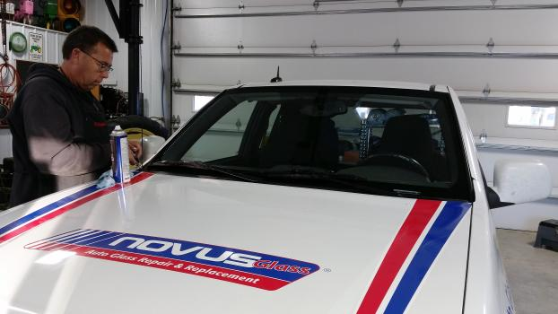 The Novus pick-up received a new windshield!