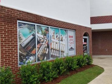 15 Window Graphics_ Retail
