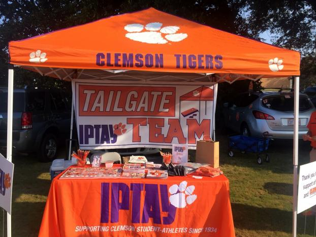 1 Tents_Community Events