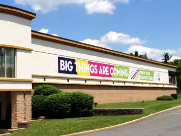 Large outdoor banner in Lawrenceville, NJ