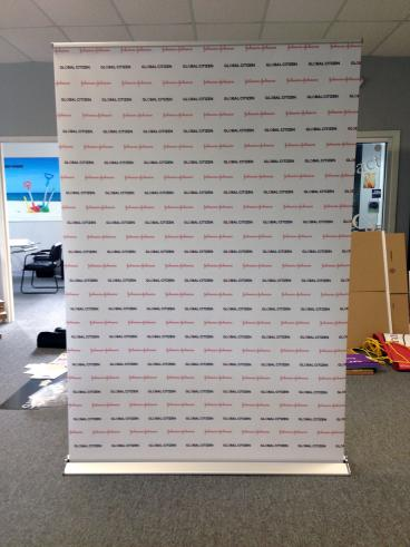Retractable Step-and-Repeat Banner
