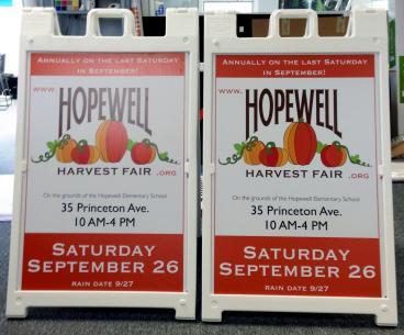 Outdoor Sandwich Board Signs in Hopewell, NJ
