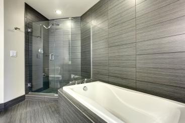 135 Degree Frameless Inline Shower