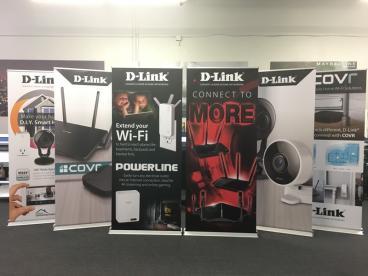 D-Link Retractable Banner Stand Set 1
