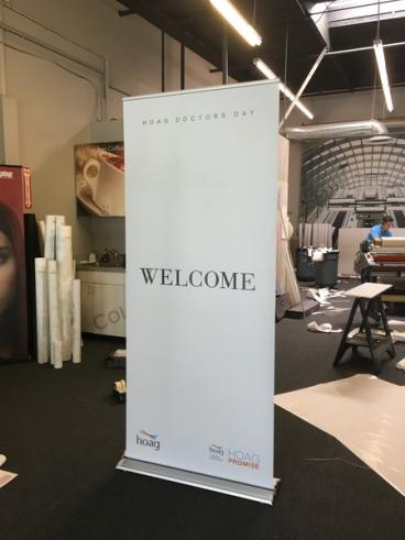Hoag Welcome Retractable Banner Stand