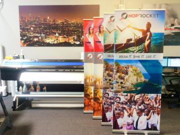 Hop Rocket Retractable Banner Stand Set 2