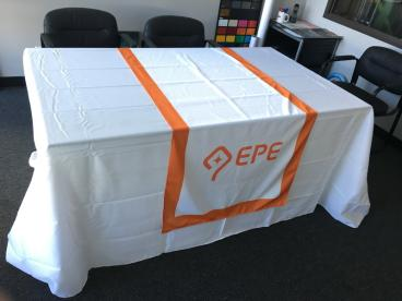 EPE USA Table Throw with Runner