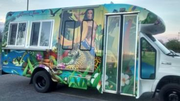 Arepa's Queen Food Truck: Print and Install