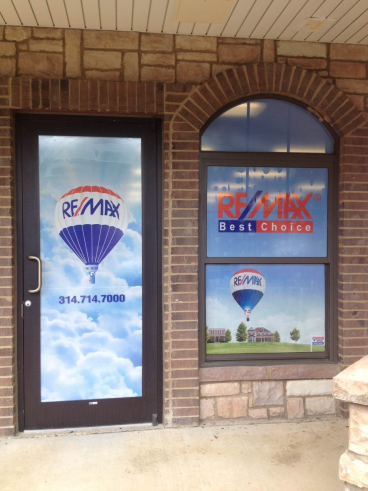 Window graphics for RE/MAX installed today.  Dreamy!