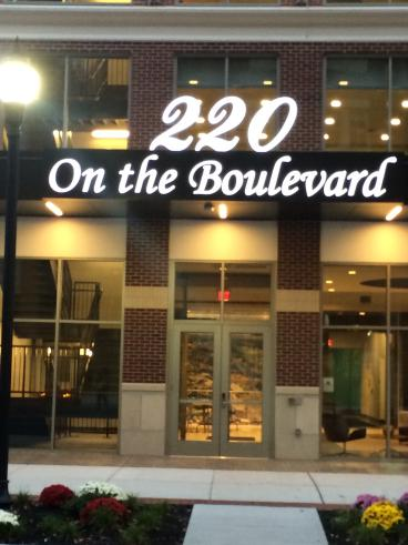 220 Rowan Blvd
