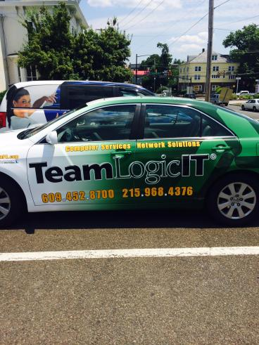 Team Logic IT Vehicle