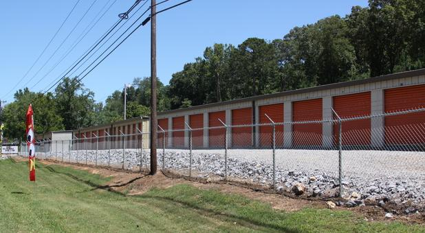 Storage conveniently located off Hwy 79 across from Blue Heron Resort (2)