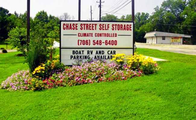 Chase Street Self Storage Self Storage Center Serving