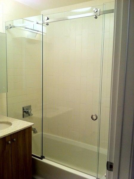 Frameless Serenity Shower