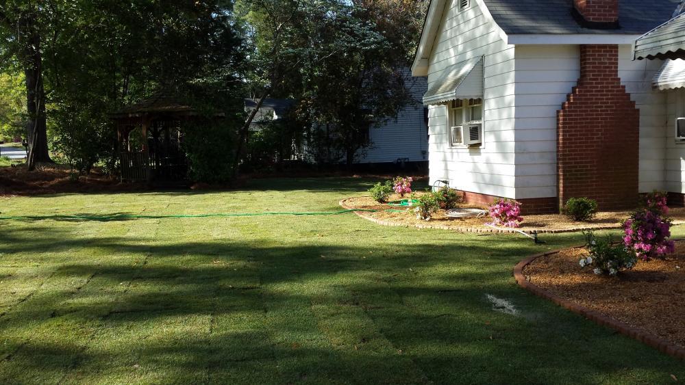 Landscaper Columbus, GA   Landscaper 31804   Cutting Edge Landscaping &  Lawn Maintenance - Landscaper Columbus, GA Landscaper 31804 Cutting Edge