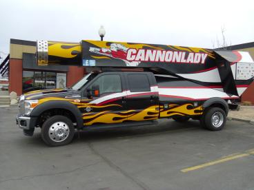 Cannon Lady Truck