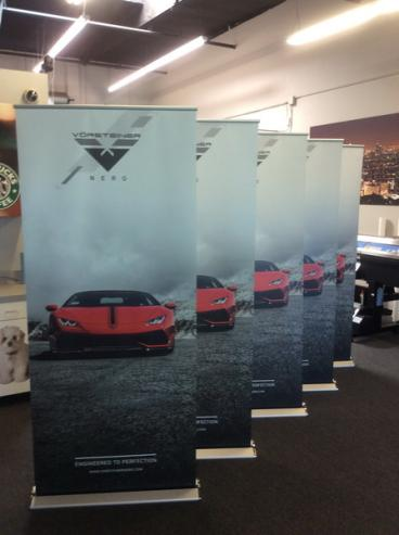 Vorsteiner Retractable Banner Stands Set 1