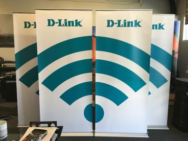 D-Link Retractable Banner Stand Set 4