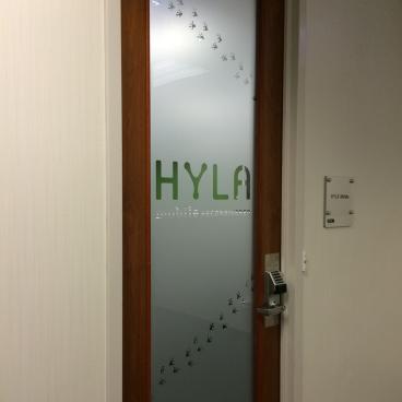 Hyla Door
