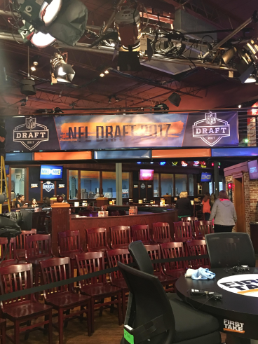ESPN NFL DRAFT SHOW @ Chickies & Pete's South Phila