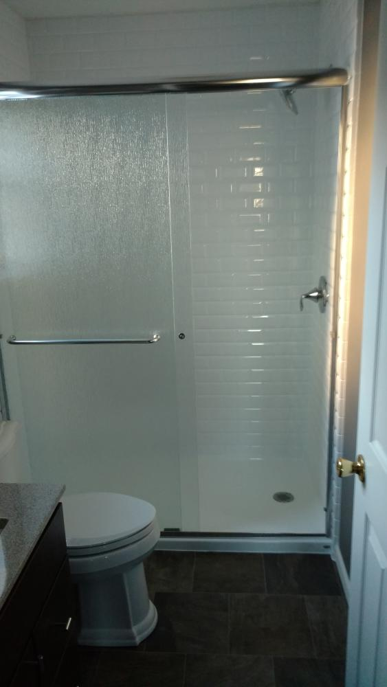 After - new DuraBath SSP in Subway Tile