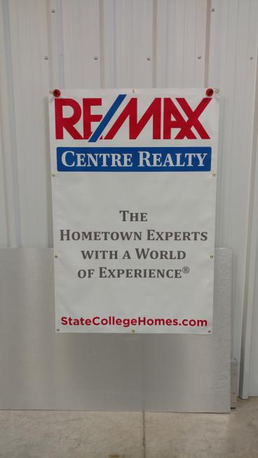 REMAX Banner