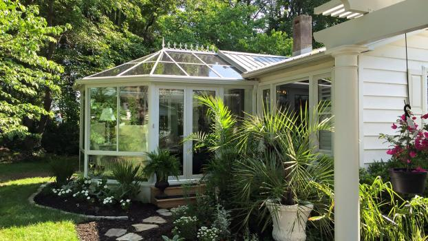 Four Seasons Sunrooms - Conservatory - Victorian
