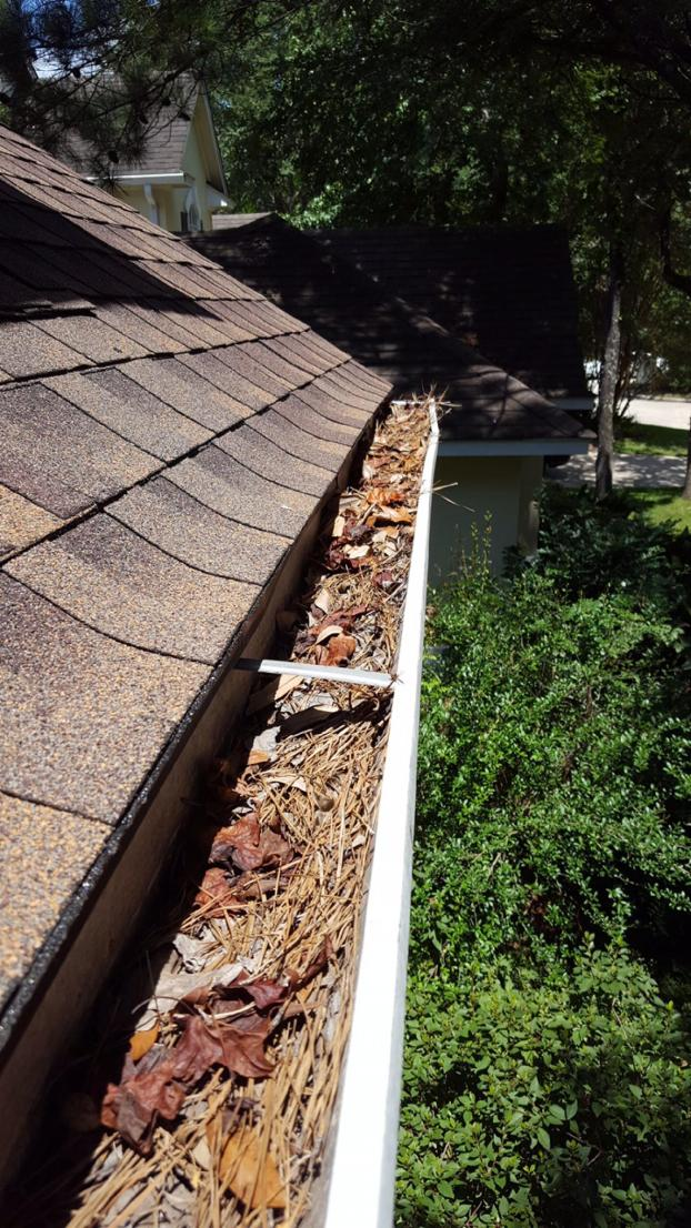 Gutter Cleaning - The Woodlands, TX