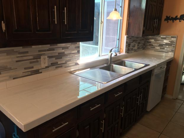 Tile countertops and tile counter top after