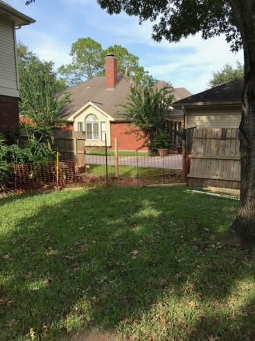 Fence Repair in League City (BEFORE)