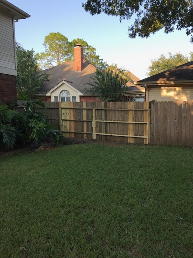 Fence Repair in League City (AFTER)