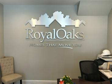 Royal Oaks - Builder Sales Center