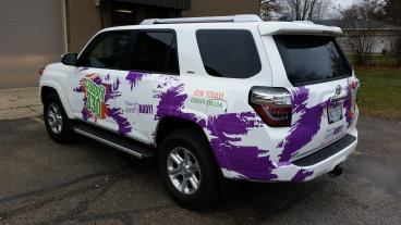 Active and Engaging Wrap Reflects the Energy of CrossFit 330