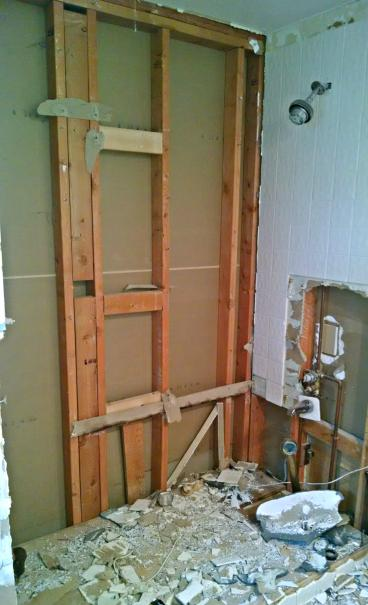 Demo old tub shower in Franktown CO 80116
