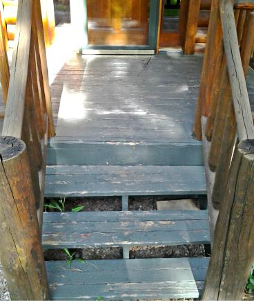 Scrape and repaint porch and stairs in Morrison CO 80465