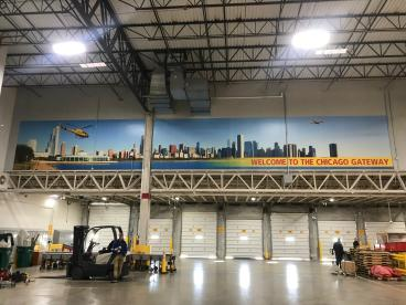 Wall Mural - DHL - Chicago