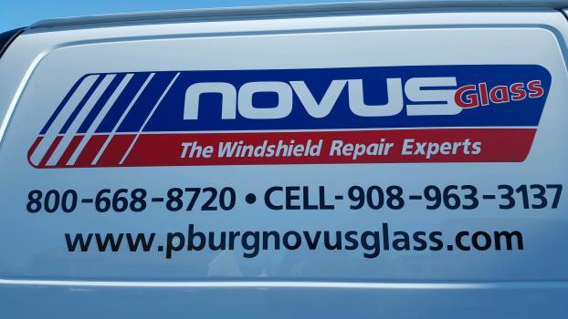 Novus glass contact