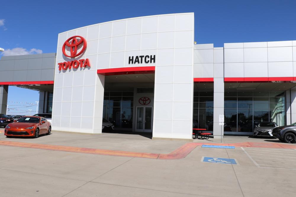 Hatch Toyota Building Signs