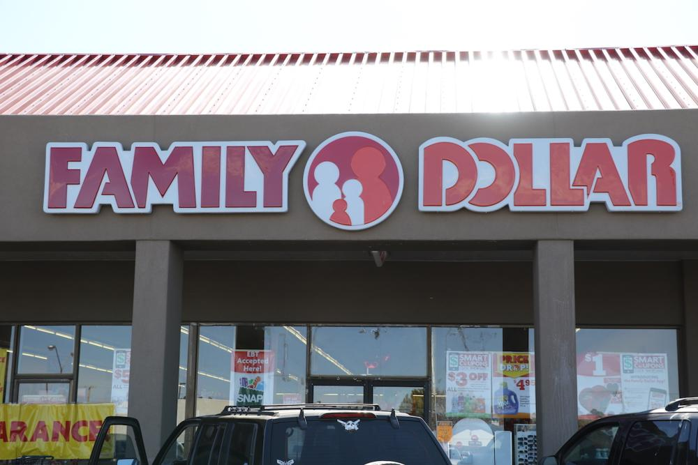 New Signs for Family Dollar