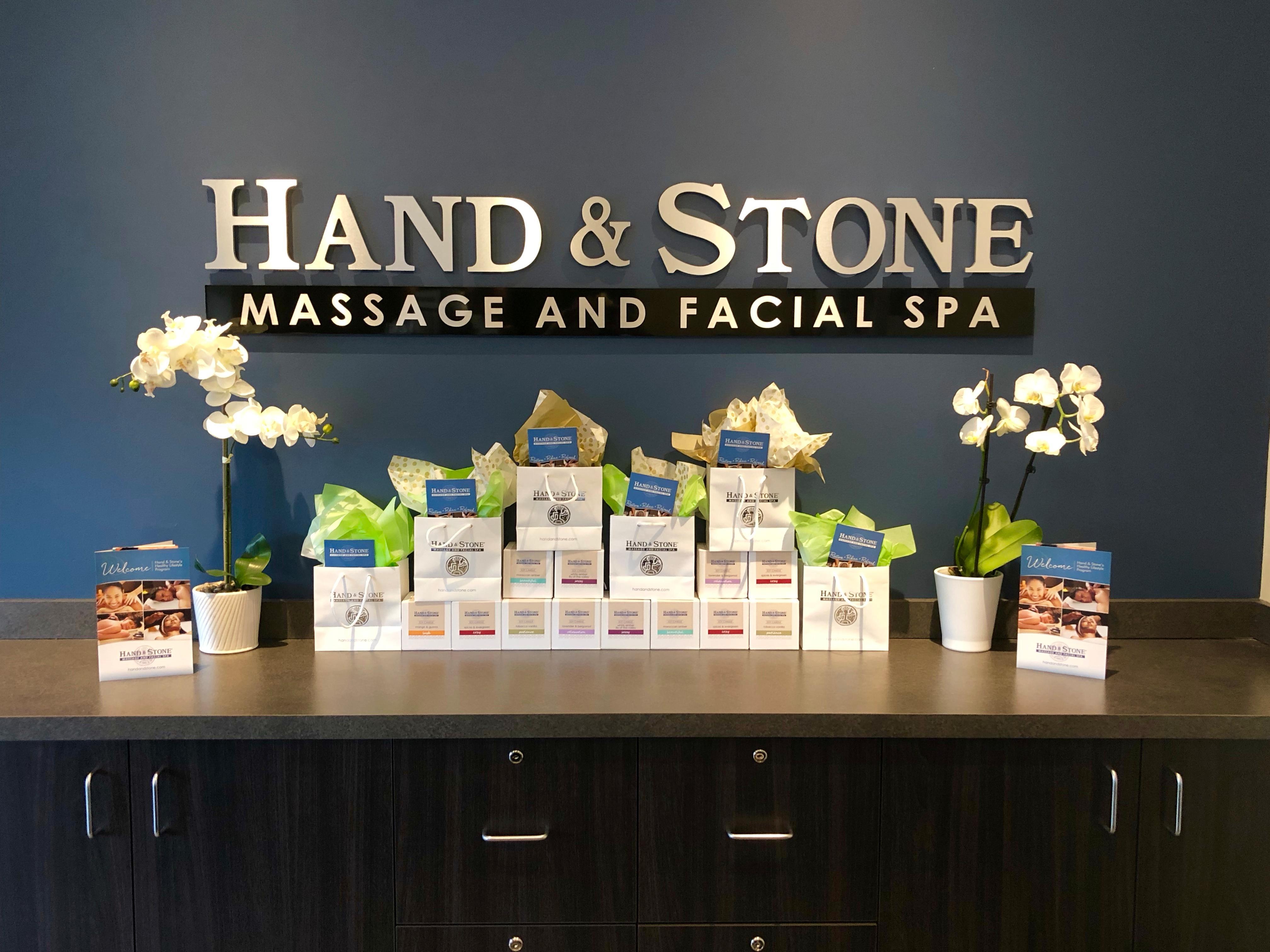 Hand & Stone Massage and Facial Spa - Kirkland
