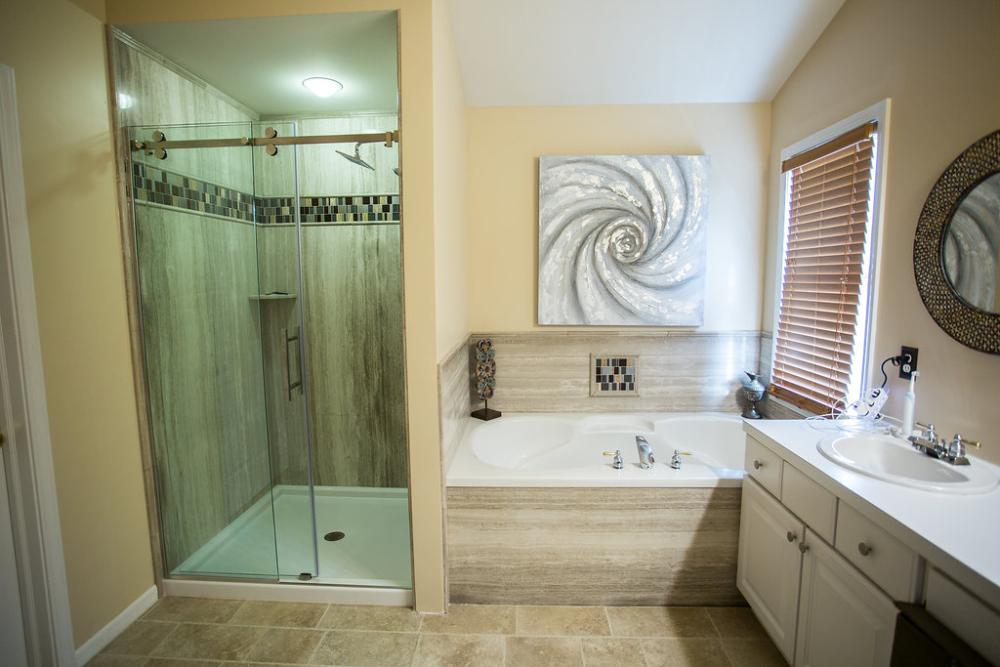 Gentil Re Bath Of Grand Rapids: Full Bathroom Remodel
