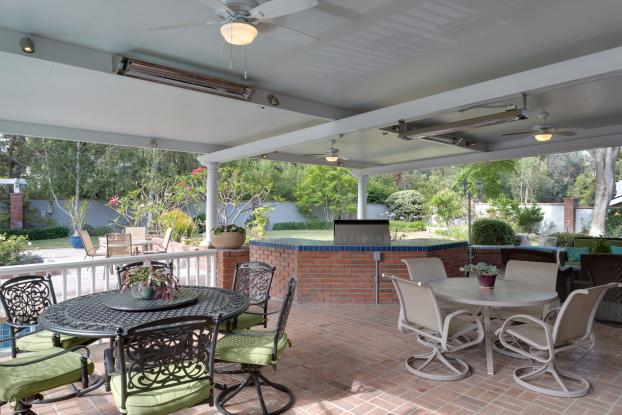 Chavanne Solid Insulated Elitewood Aluminum Patio Cover