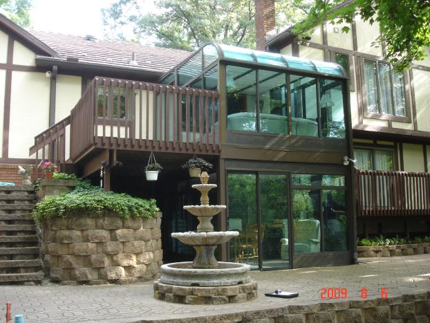 Double decker curved roof sunroom