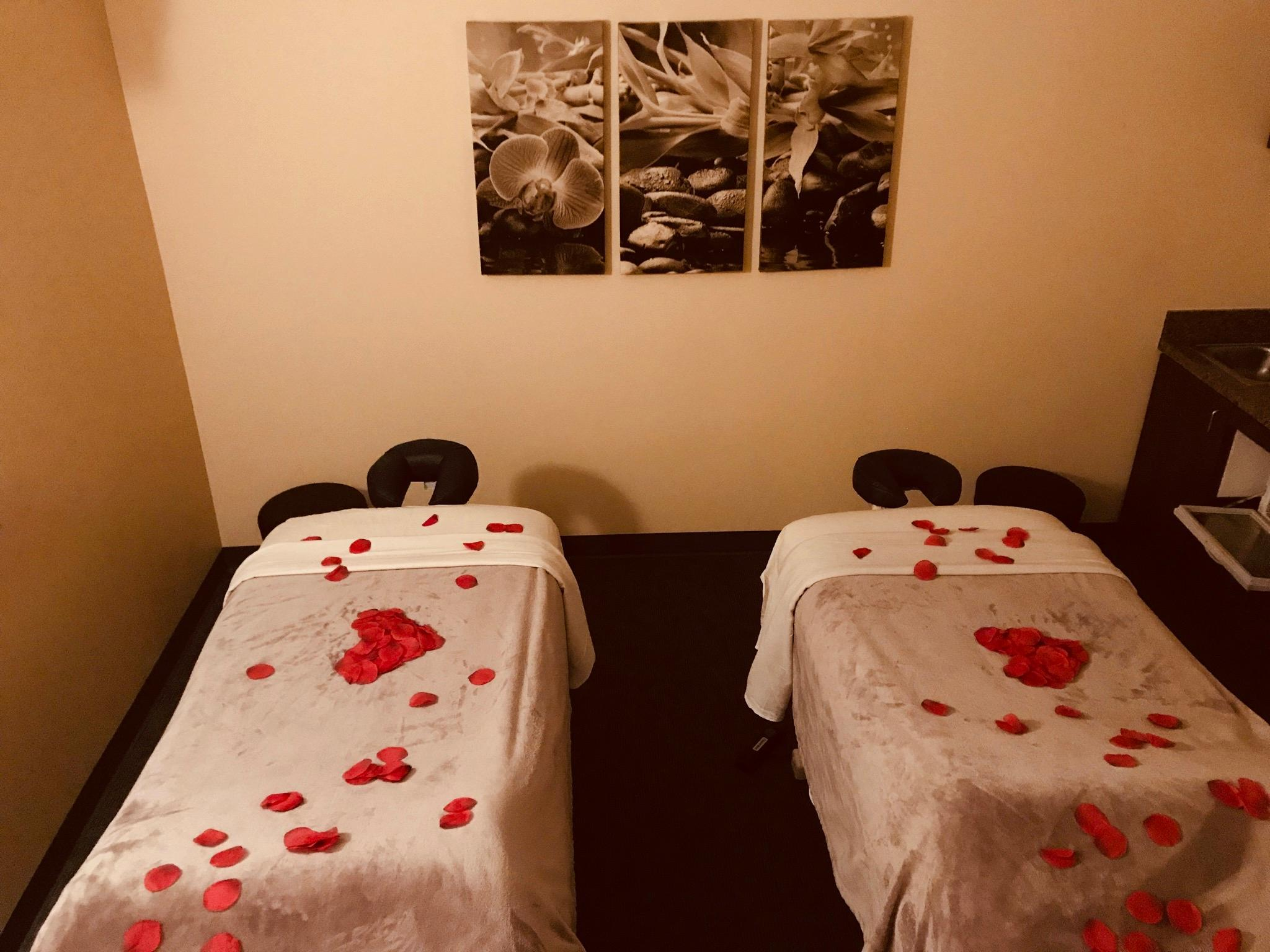 couples massage for relaxation and therapy