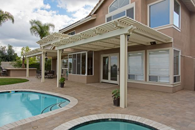 Dearborne Elitewood Ultra Lattice Patio Cover