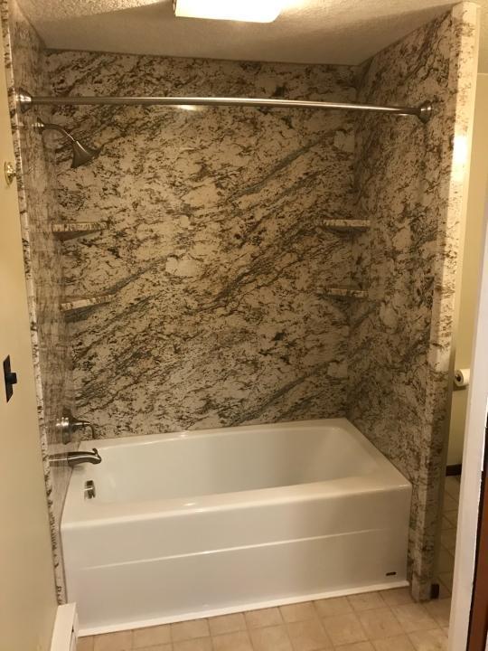Des Moines, IA Bathroom Remodeler   Bathroom Remodeling ...