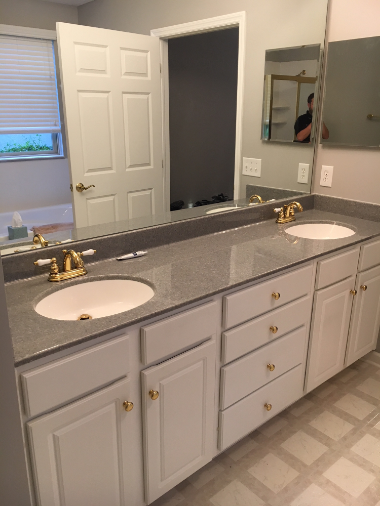 Installed Onyx Counter With Integrated Sinks