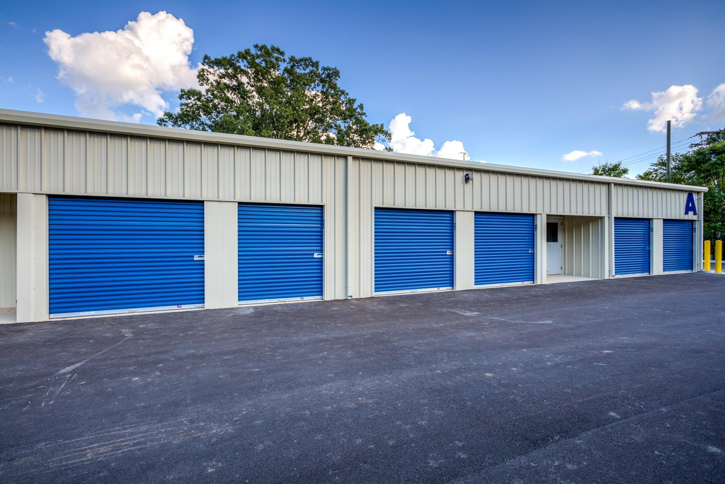 Drive Up Units That Are Perfect For Car Storage