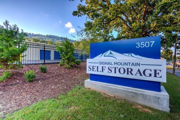 Signal Mountain Self Storage Monument