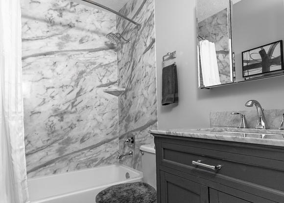 Marble Tub/Shower Small Bathroom Update
